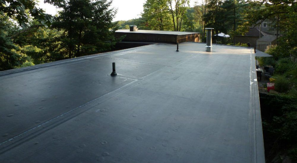 Flat Roof Repair Watch Videos On How To Find Leaks Diy