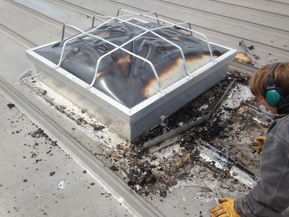 Skylight-metal-roof-flashing-cleared