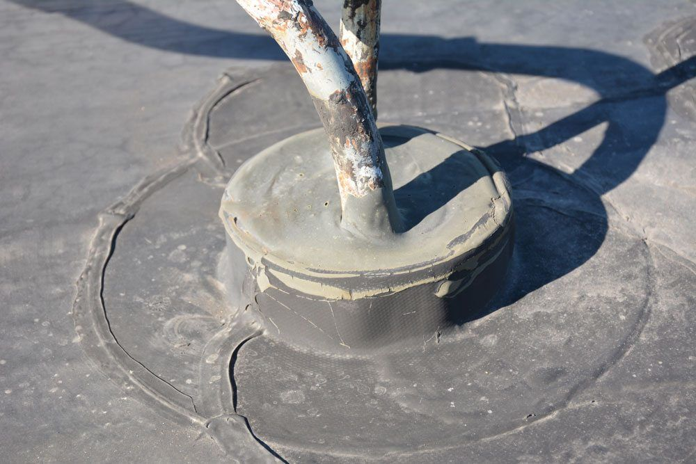 Flat Roof Repair - videos on pitch pockets, drains ...