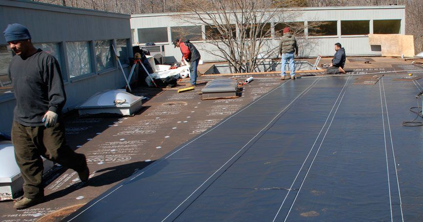 Commercial Roof Installation : Commercial flat roof installation